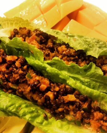 Lettuce Tacos with lentil and walnut meat